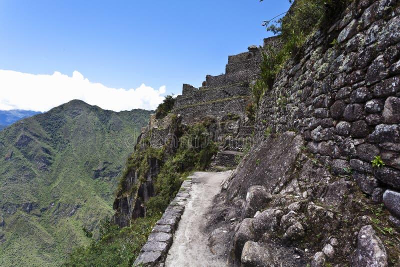 在Huayna Picchu顶部的废墟在秘鲁-南美 库存照片