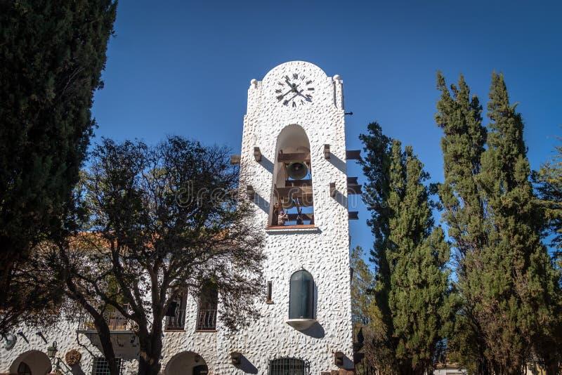 在Humahuaca Cabildo香港大会堂钟楼- Humahuaca, Jujuy,阿根廷的敲响的响铃 免版税图库摄影