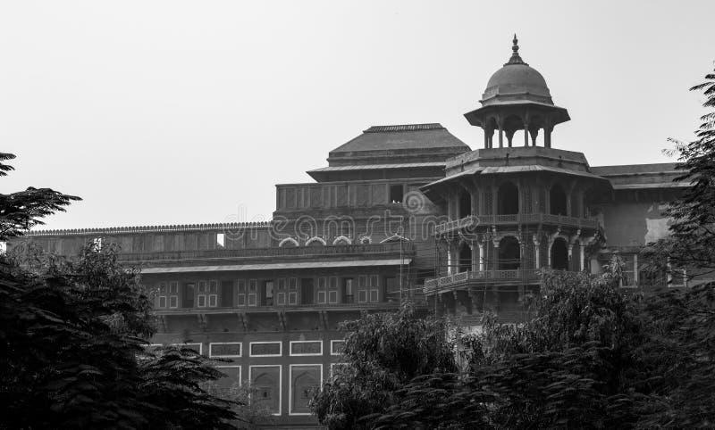 在Humayun的坟茔复合体内的老大厦 免版税库存照片