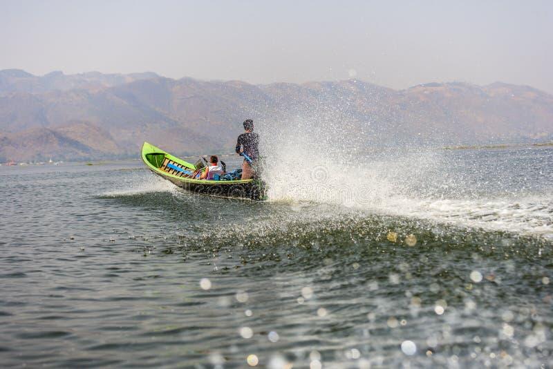 在Inle湖的小船 免版税库存照片
