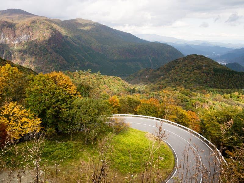 在Irohazaka路的秋天颜色在日光,日本 库存图片