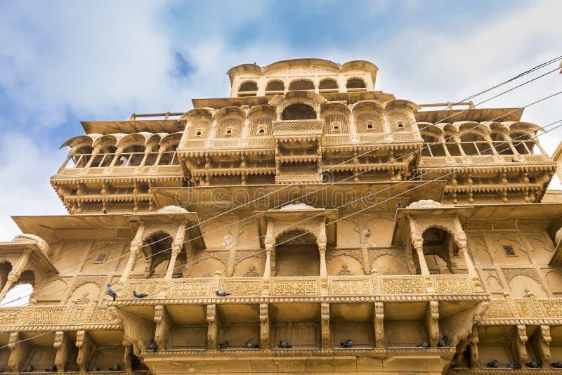 在Jaisalmer堡垒,拉贾斯坦,印度里面的老镇宫殿 库存图片