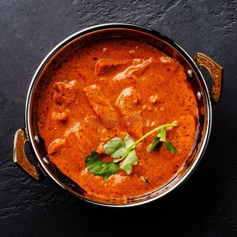 在Kadai盘的鸡辣咖喱肉食物涂黄油 免版税库存图片