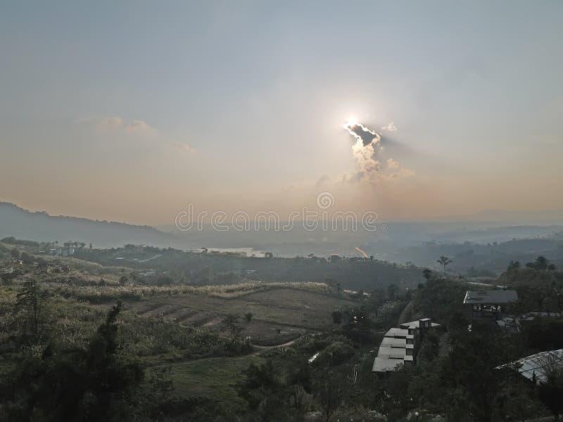 在Kaokho谷,泰国的日落 库存图片