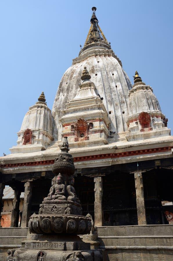 在Khokana Newari村庄,尼泊尔的古老印度寺庙 免版税库存照片