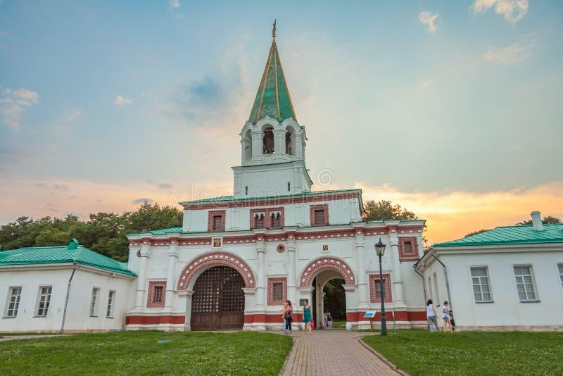 在Kolomenskoye的前门 库存照片