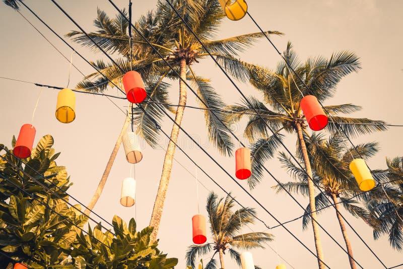 在Krabi的垂悬的五颜六色的庆祝装饰元素, Th 免版税库存照片