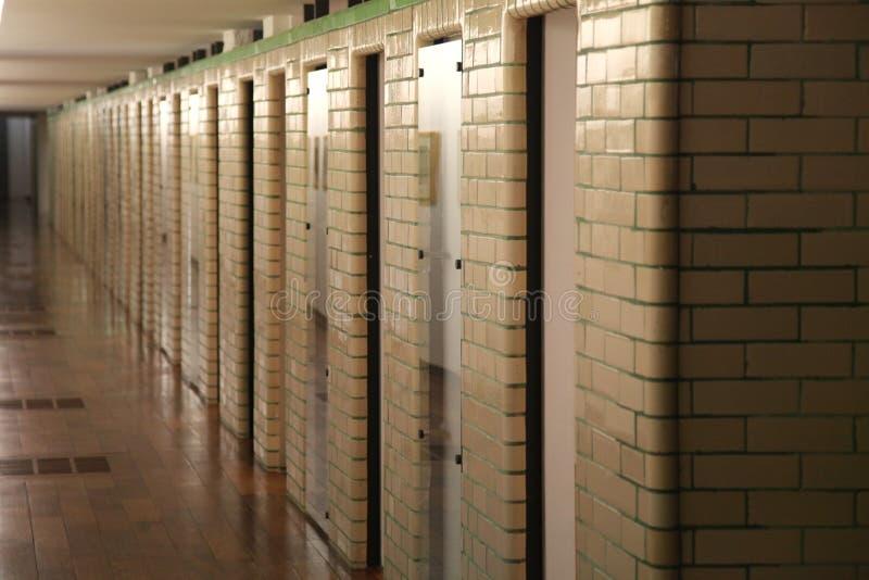 在La鱼的艺术馆和产业淋浴小卧室,鲁贝法国 免版税库存图片