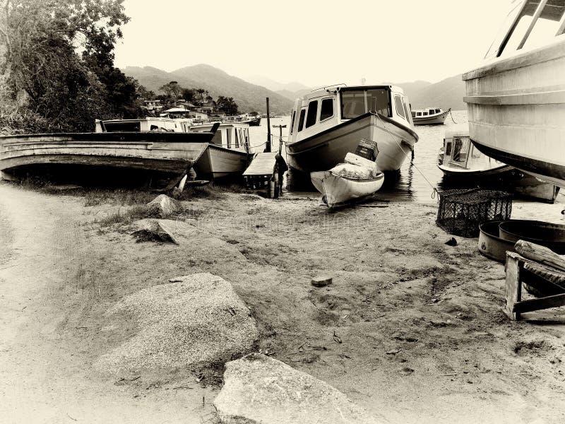 在Lagoa弗洛里亚诺波利斯的小船修理 免版税图库摄影