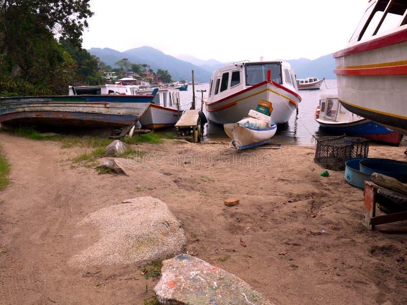 在Lagoa弗洛里亚诺波利斯的小船修理 图库摄影