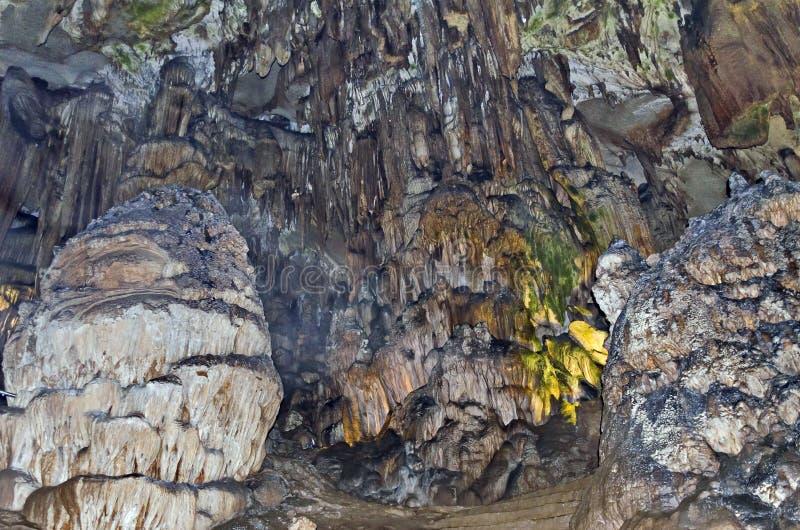 在Ledenika洞的美丽的景色 库存照片