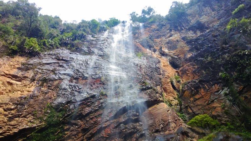 在lembing的sungai的森林瀑布顶视图 库存图片