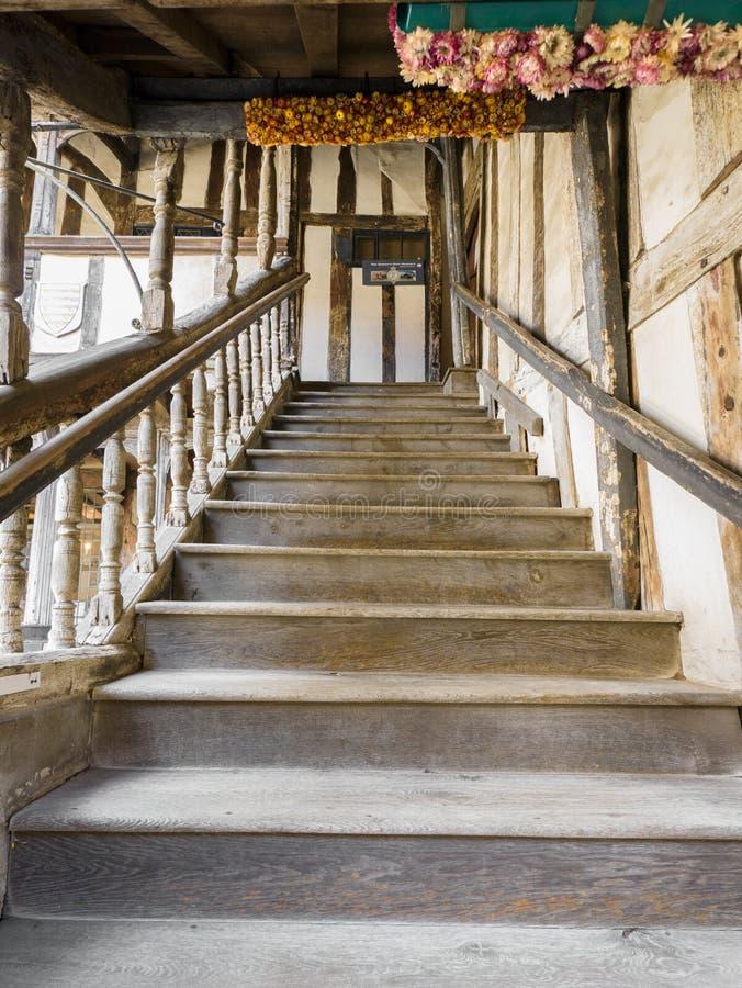 在Leycester阁下医院的楼梯 免版税库存图片