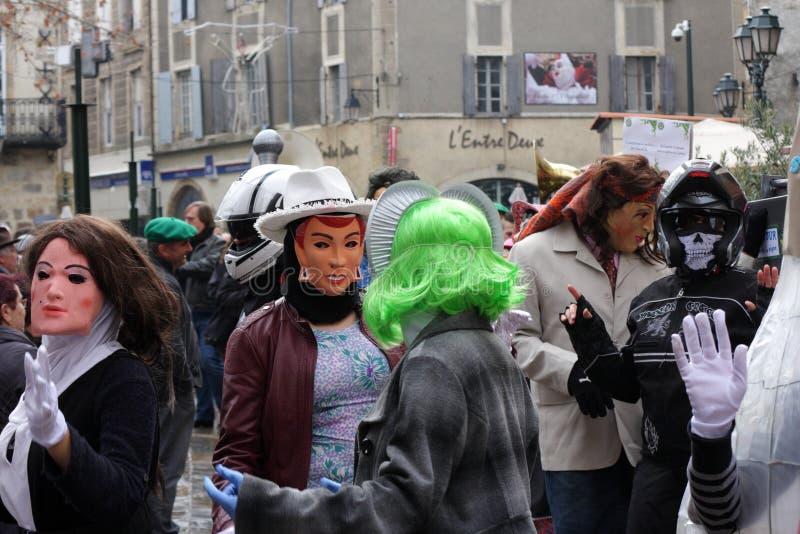 在Limoux期间狂欢节假装的人们  免版税库存照片