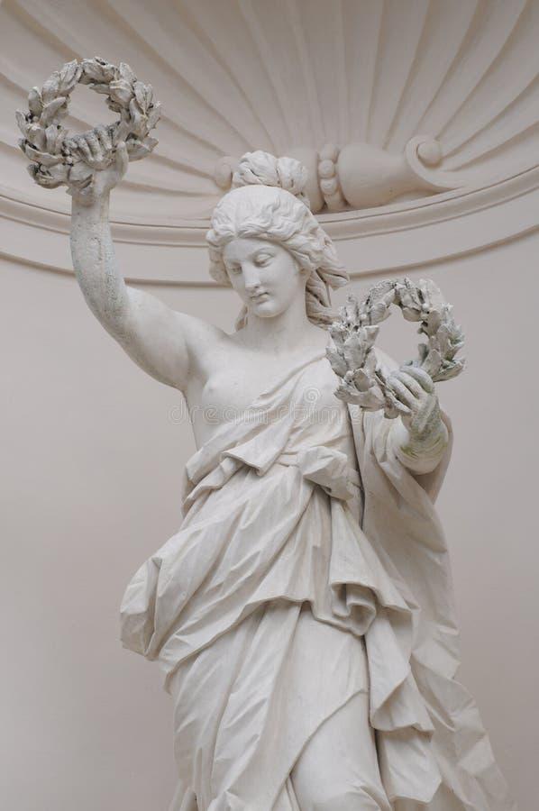 在Linderhof宫殿的适当位置形象维多利亚 库存照片