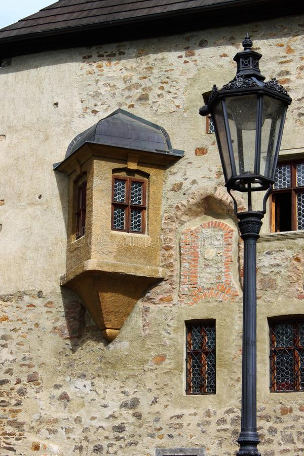在Loket城堡的中世纪scenics 图库摄影