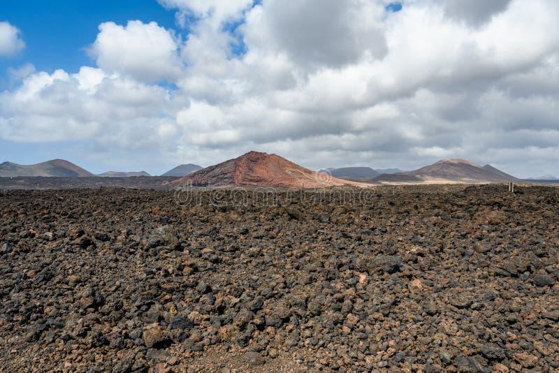 在Los Hervideros的火山的沿海风景在兰萨罗特岛,西班牙 免版税库存图片