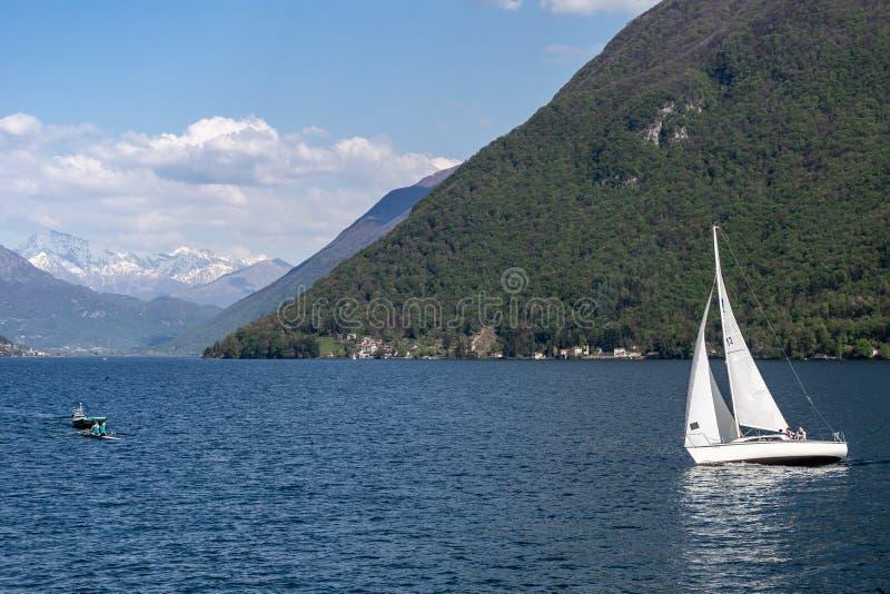 在Lugano湖的巡航 图库摄影