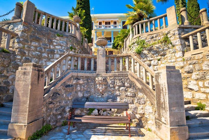 在Lungomare海岸著名走道的建筑细节在Opatij 库存图片