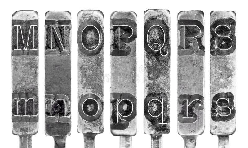 在M到S上写字被隔绝的老打字机连动杆   免版税库存照片