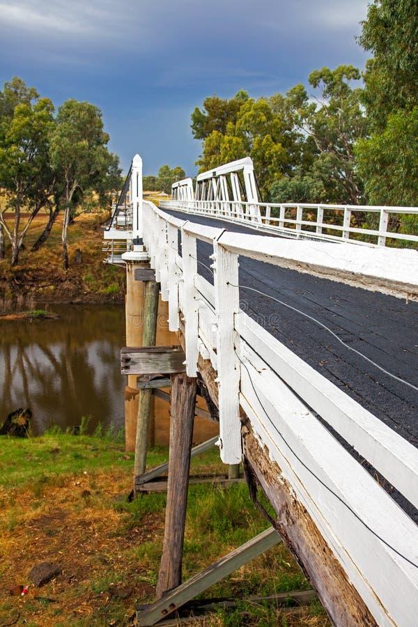 在Macquarie河的Rawsonville桥梁在Dubbo附近 免版税库存图片