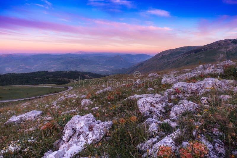 在Madonie山的日落,西西里岛,意大利 免版税库存图片