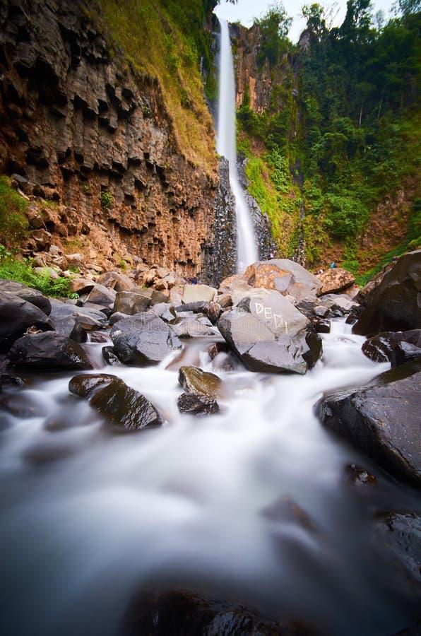 在malino selatan的苏拉威西岛的Takapala瀑布 库存照片