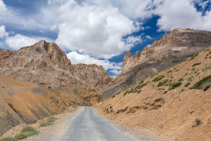在Manali - Leh路的美好的山风景在拉达克 库存照片