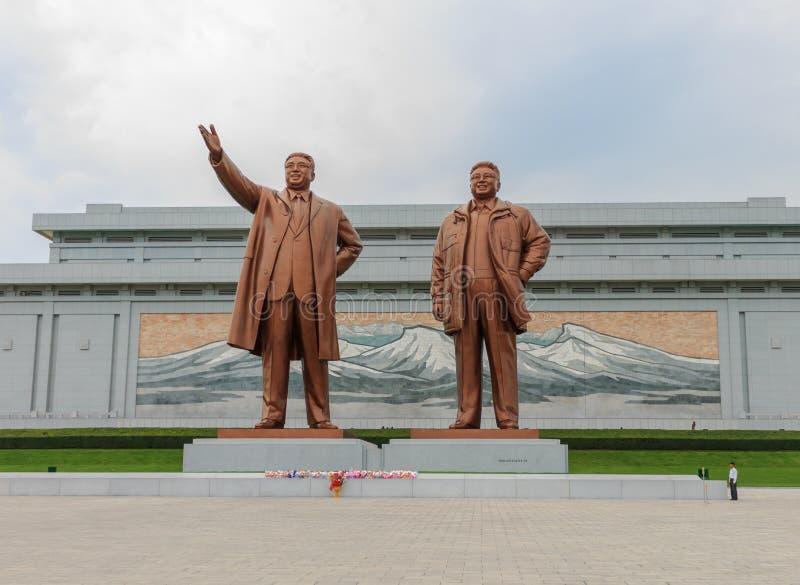 在Mansu小山的盛大纪念碑在平壤 免版税图库摄影