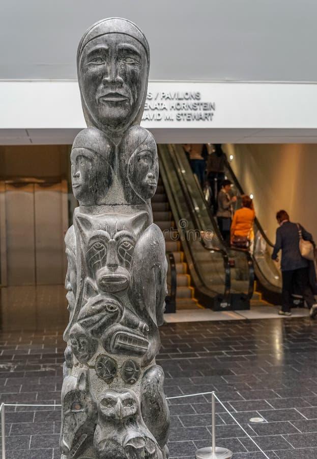 在MBAM博物馆的因纽特人艺术 图库摄影