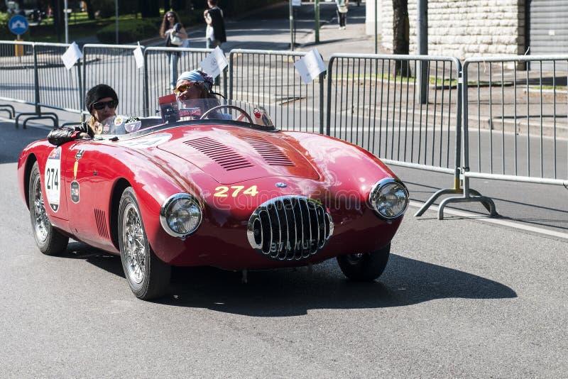 在Mille Miglia种族的老汽车 免版税库存图片