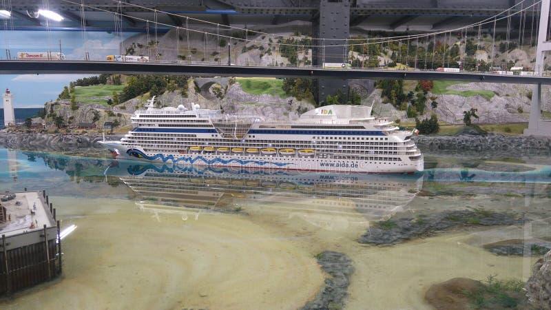 在Miniaturwunderland汉堡的阿伊达船 免版税库存照片