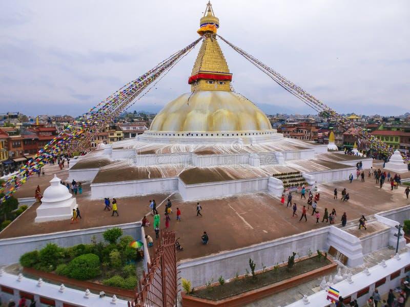 在morninig的Boudhanath Stupa 免版税库存图片