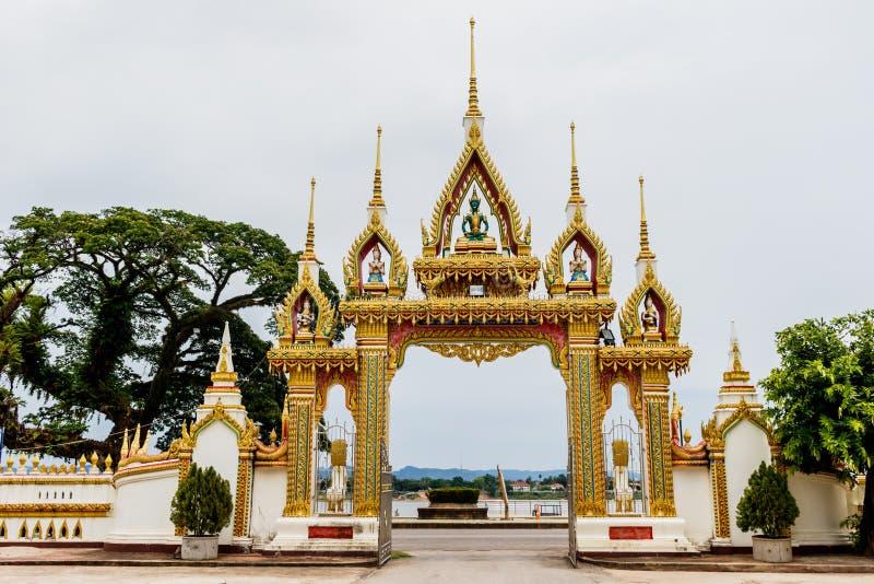 在nakhonphanom省泰国的plang寺庙 免版税库存照片
