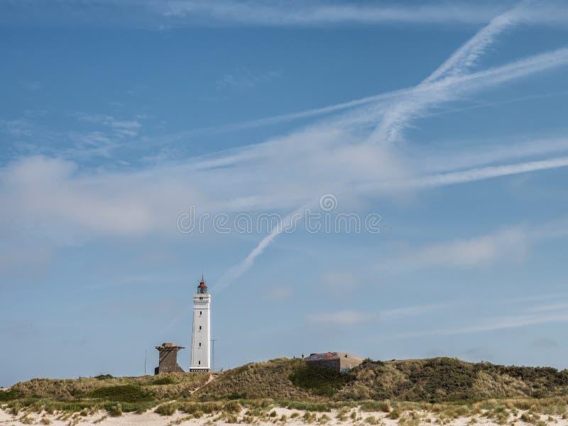 在Nort沿海的Blaavand灯塔在丹麦 库存图片
