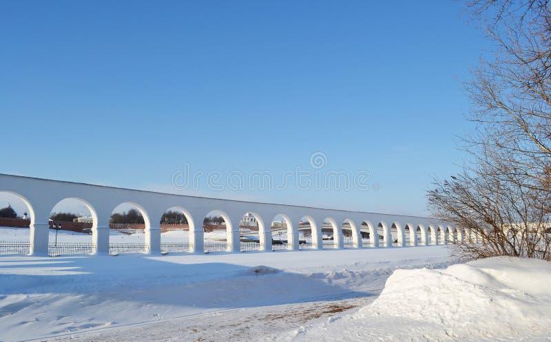 在Novgorod的拱廊极大。 免版税库存照片