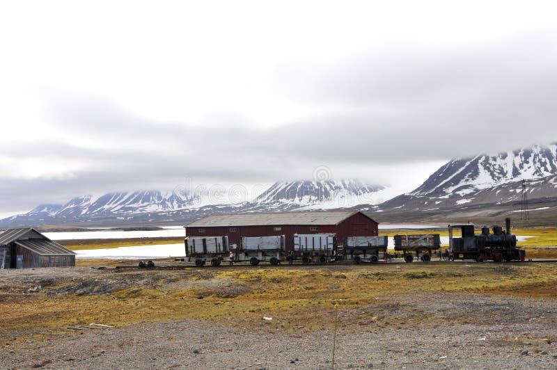 在Ny Alesund (Spitsbergen)的老Eisembahn 库存照片