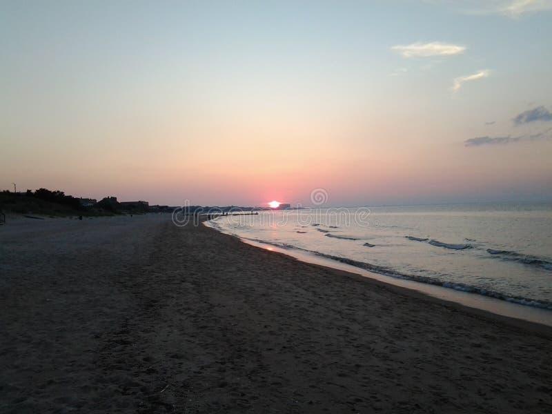 在Oceanview海滩的日落 库存图片