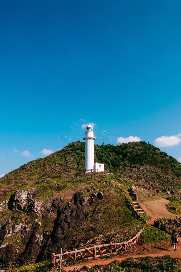 在Oganzaki海角的灯塔 石垣海岛, Okin的吸引力 免版税图库摄影