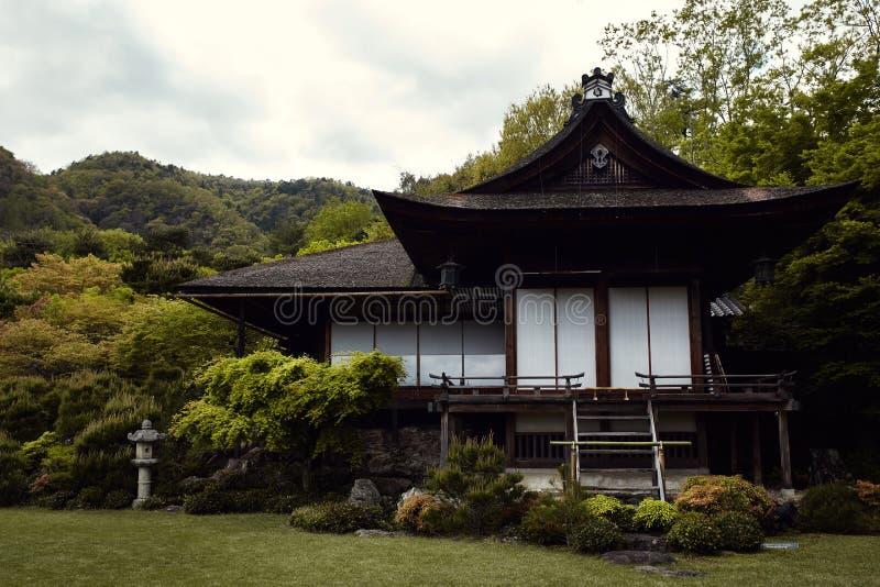 在Okochi Sanso庭院的别墅 库存图片