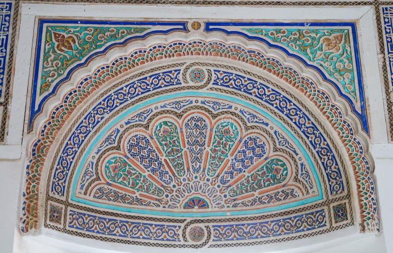 在Palais de la巴伊亚(巴伊亚宫殿), Marra的老装饰品细节 库存图片