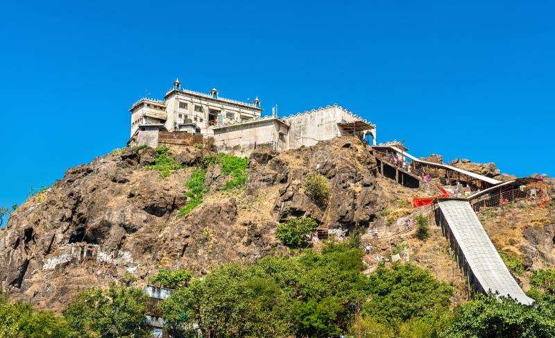 在Pavagadh小山-古杰雷特,印度山顶的Kalika末多寺庙  免版税库存照片