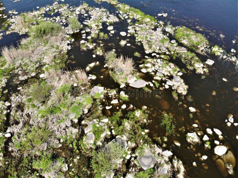 在Pivdenniy臭虫河,寄生虫视图的急流 Sokilets村庄,涅米罗夫区,Vinnytsya地区,乌克兰 库存照片