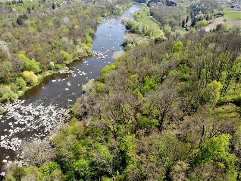 在Pivdenniy臭虫河,寄生虫视图的急流 Sokilets村庄,涅米罗夫区,Vinnytsya地区,乌克兰 图库摄影