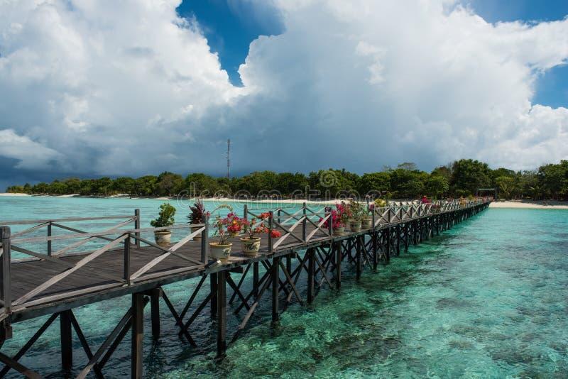 在Pom Pom海岛上的一个码头 库存照片
