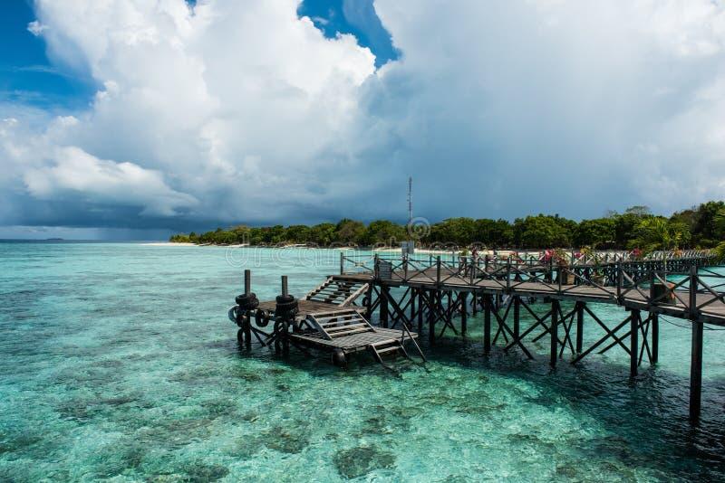 在Pom Pom海岛上的一个码头 库存图片