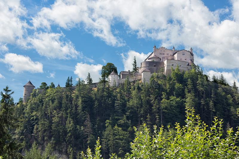 在Pongau谷奥地利的城堡Hohenwerfen 前影片地点 库存图片
