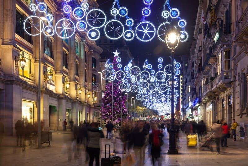 在Portal del Angel的圣诞节装饰。巴塞罗那 库存图片