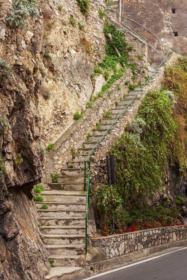 在positano的岩石台阶 免版税库存图片