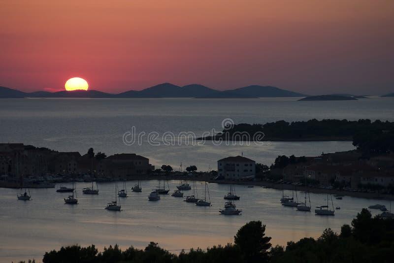 在Primosten的日落在克罗地亚 库存图片